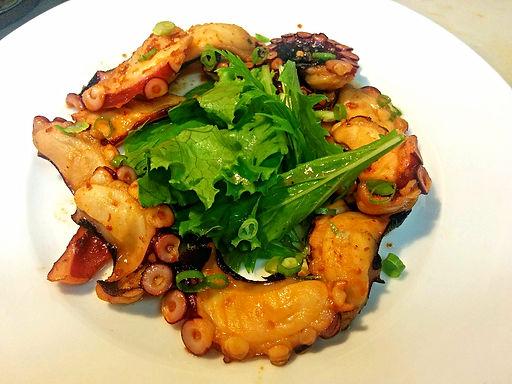 バック トック ヌン(イイタコのベトナムラー油焼き)Grilled chili oil pickled octopus