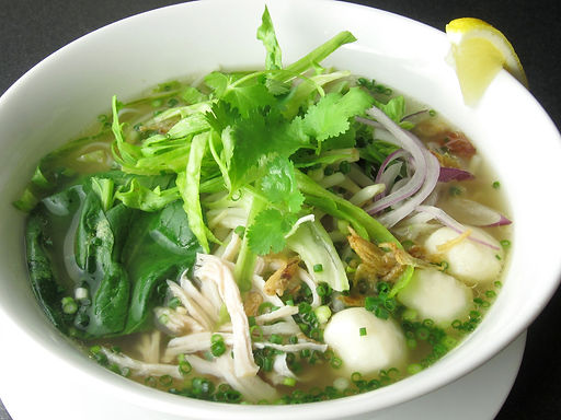 クイティオナーム(タイラーメン)Ckicken rice noodle Thai style