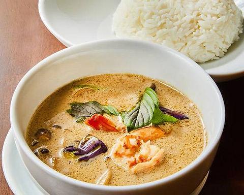 ゲーンキャオワーン(グリーンカレー)Green hotchili curry with shrimp Thai style
