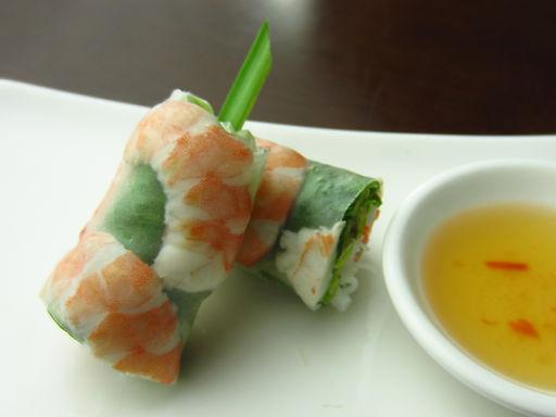 ゴイ クン(エビの生春巻き)Fresh spring roll of shrimp