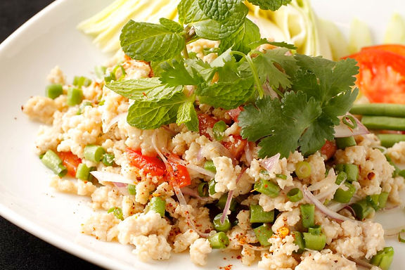 ラープ ガイ(鶏ミンチ肉のハーブサラダ)Chicken minced meat salad