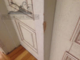 Сколы на шпонированной мебели