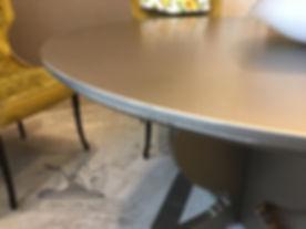 Удаление царапин и потертостей на кухонной мебели