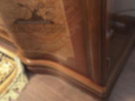 Реставрация и ремонт сколов на деревянной мебели