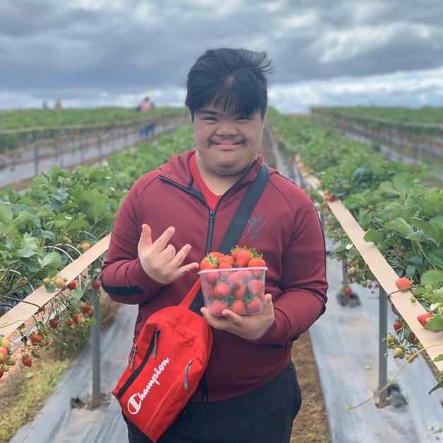 Akram Strawberry Picking
