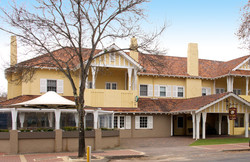 Margaret River Village Hotel