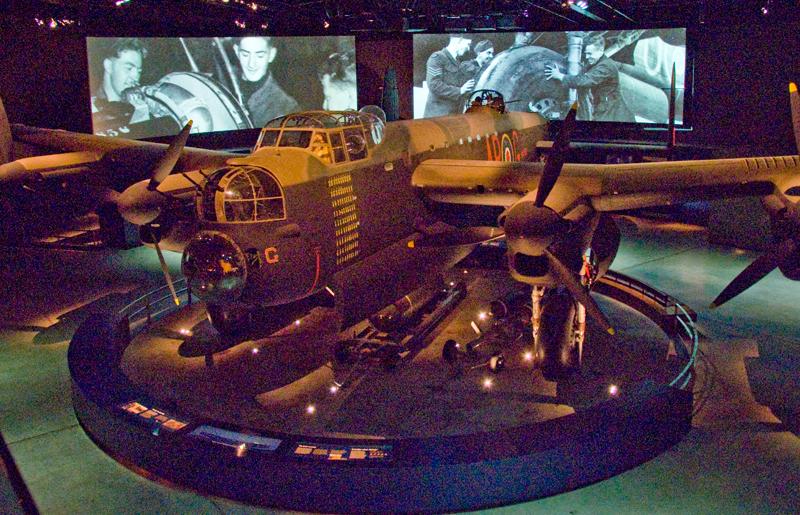 Lancaster Bomber, Canberra