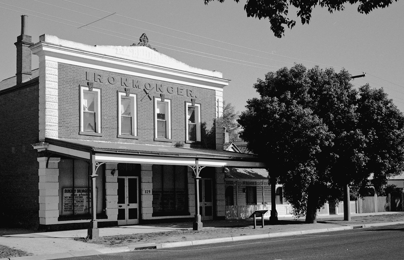Dunolly Ironmongers Building