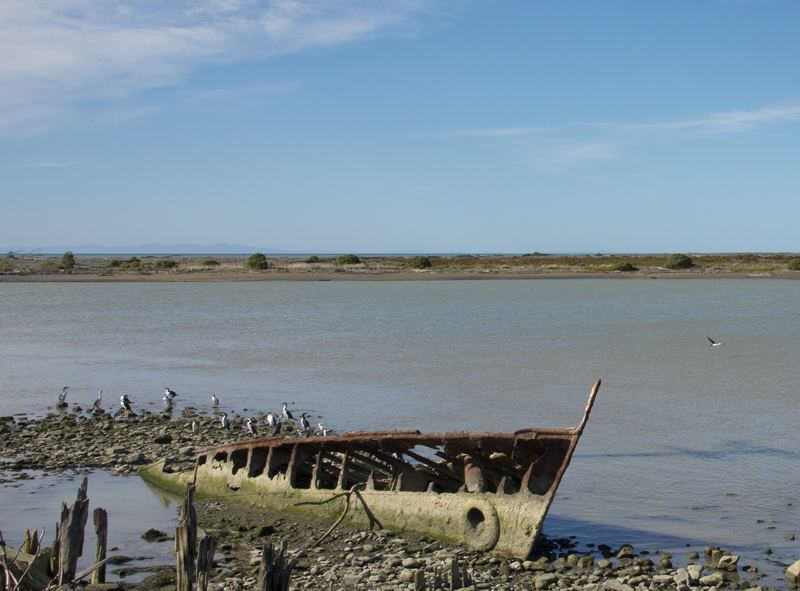 boat wreck at Wairau River Bar