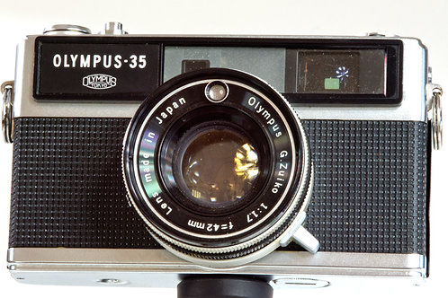Olympus 35LC rangefinder camera front view