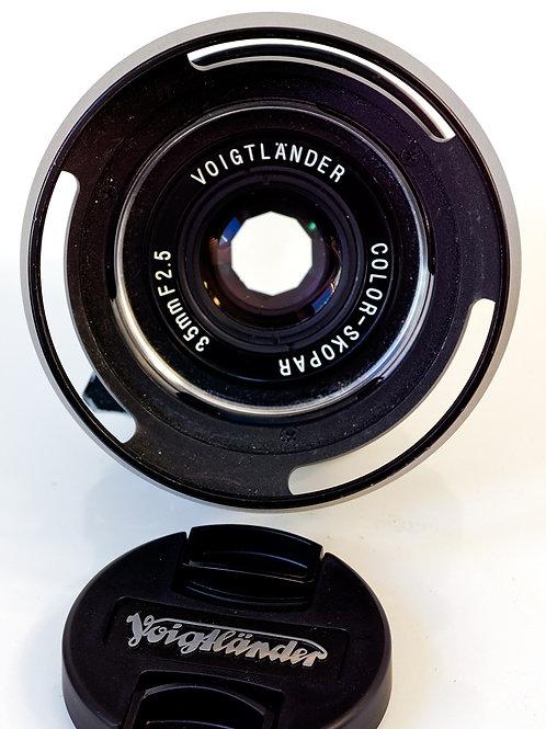 Voigtlander Color Skopar 35mm F2.5 front view