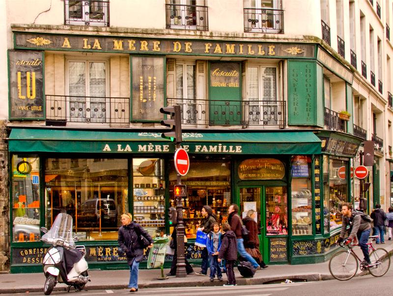 La Mere de Famille, Paris