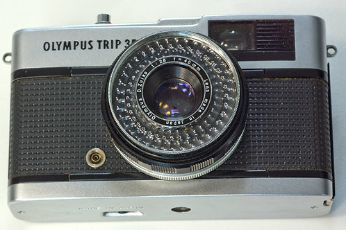 Olympus Trip 35 zone focus 35mm analogue camera
