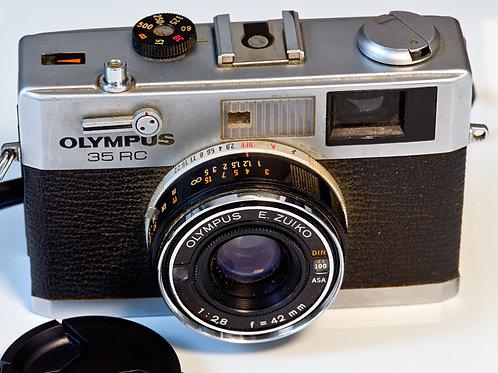 Olympus 35mm RC Rangefinder camera. S#293228