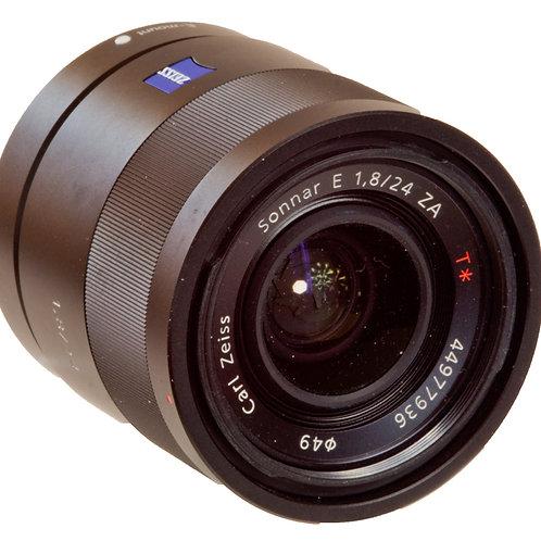Carl Zeiss Sonnar AF  24mm F1.8 lens for Sony E-mount APS-C
