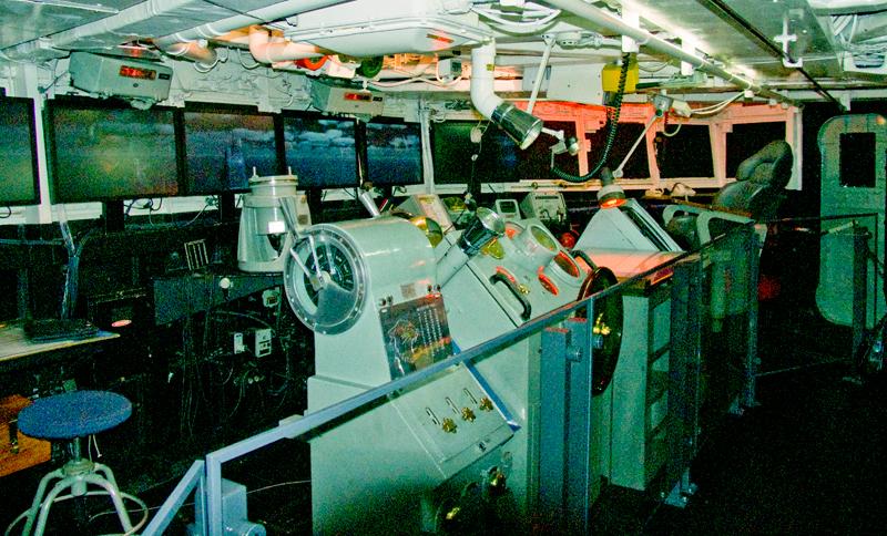 HMAS Brisbane, Canberra
