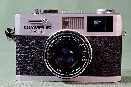 Olympus 35mm RC Rangefinder camera. S# 265035