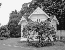 OldGovtHseGatehouse