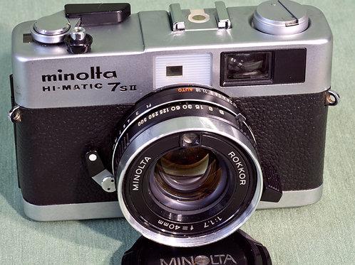 Minolta 7SII front view