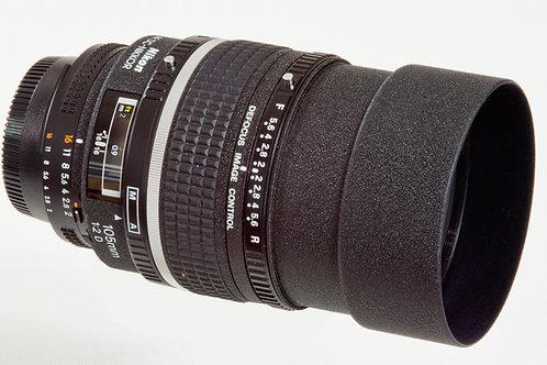 Nikkor 105mm F2 DC prime lens main view