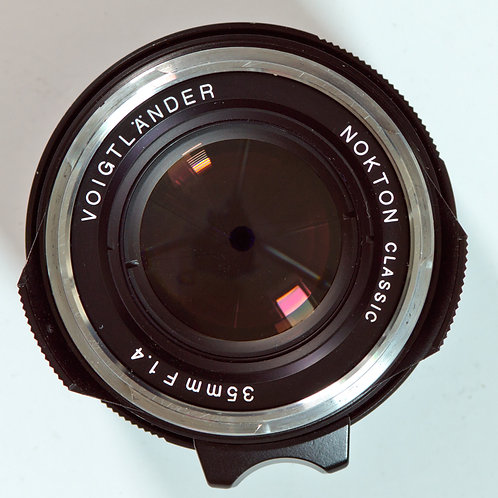 Voigtlander 35mm F1.4 m-mount lens front view