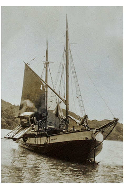 Scow 'Ada' at Kawau Island