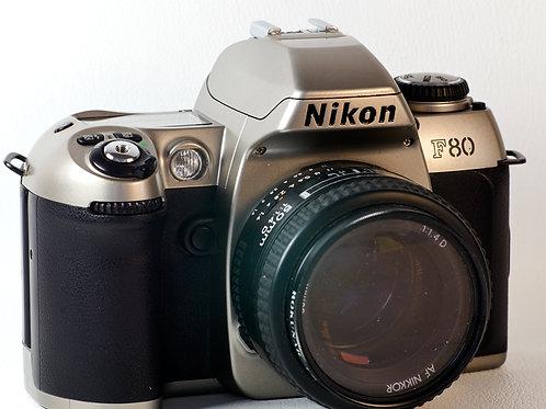 Nikon F80 SLR camera Body. S#2012098