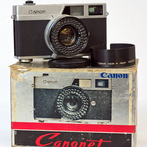 Canonet front view with box