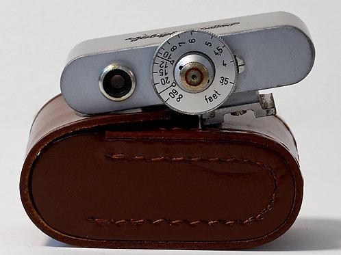 Voigtlander shoe mounted rangefinder