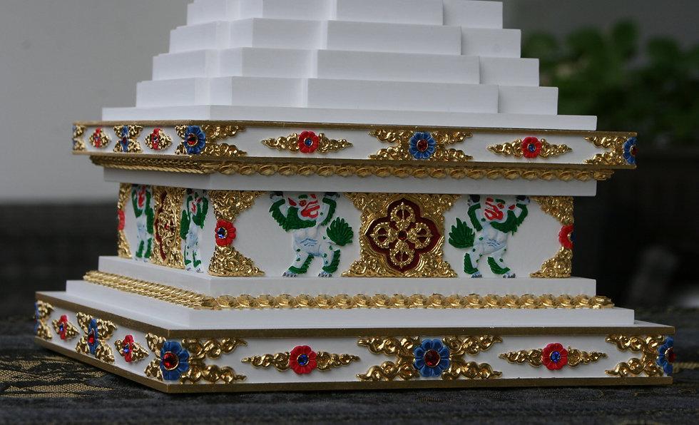zlacena stupa 3