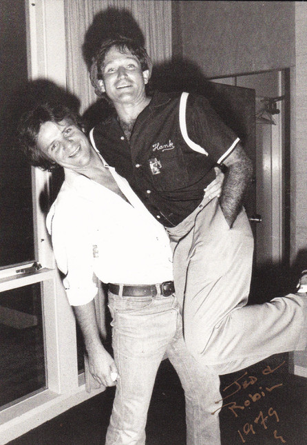 pic with robin williams_edited.jpg
