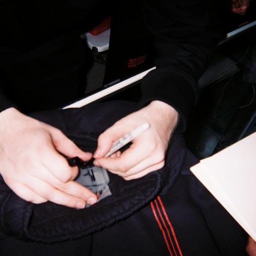 Mura Masa signing