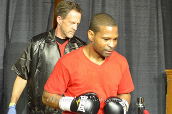 ANOTHER REMATCH! VETERAN SHAKRA MOORE GOES UP AGAINST MICHAEL MCLAUGHLIN FOR THE VACANT USA NEW ENGL