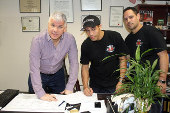 STAR BOXING SIGNS JR. WELTER PROSPECT ANTHONY LAUREANO