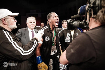 Andrade TKO's Nelson in WBC Super Welterweight Title Eliminator; Charlo Brothers Next?