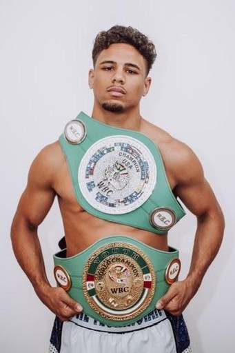 """Undefeated lightweight prospect Jamaine Ortiz """"The Technician"""" in and out of the ring"""