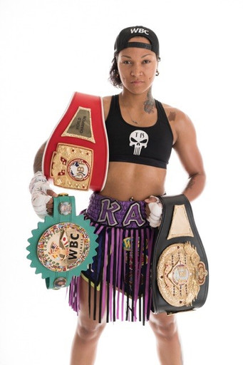 FORMER WORLD CHAMPION KALI REIS HEADLINES PACKED UNDERCARD