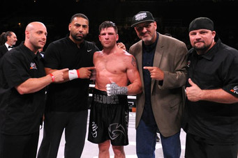 MARK DELUCA SCORES UNANIMOUS DECISION OVER PREVIOUSLY UNBEATEN, BRANDON BREWER  ACTION PACKED BATTLE