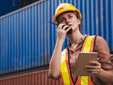 DHL busca que más mujeres se incorporen en el sector de la logística y transporte