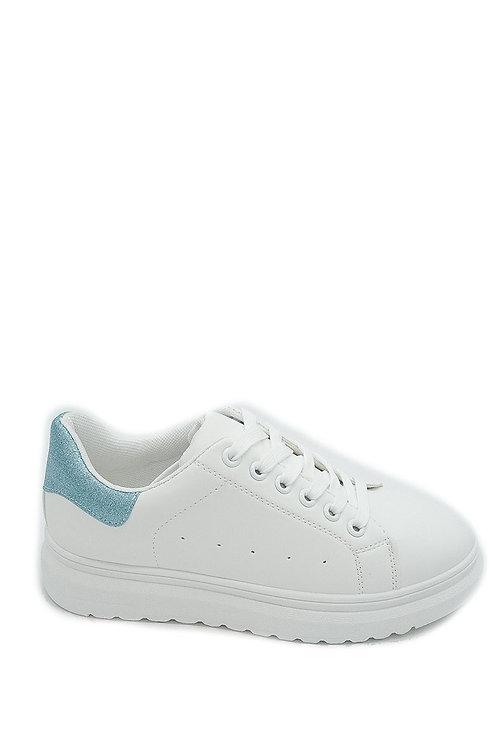 Sneakers met blauwe details, verschillende maten