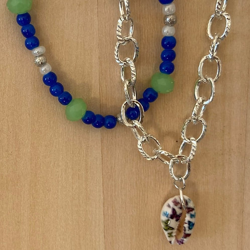 Setje van 2 armbanden in blauw en groen