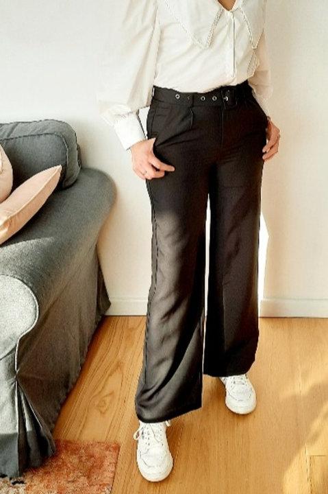 Zwarte broek met wijde pijpen , maten S tem XL