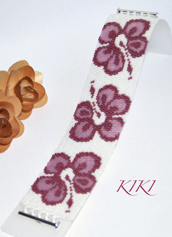 Hibiscuses peyote bracelet