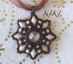 Pendant with diamonduos