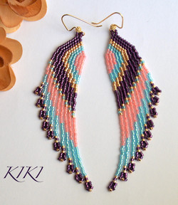 Spectacular feathers earrings