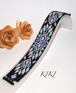 Vivid feathers bracelet