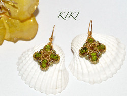 Green gold clover earrings