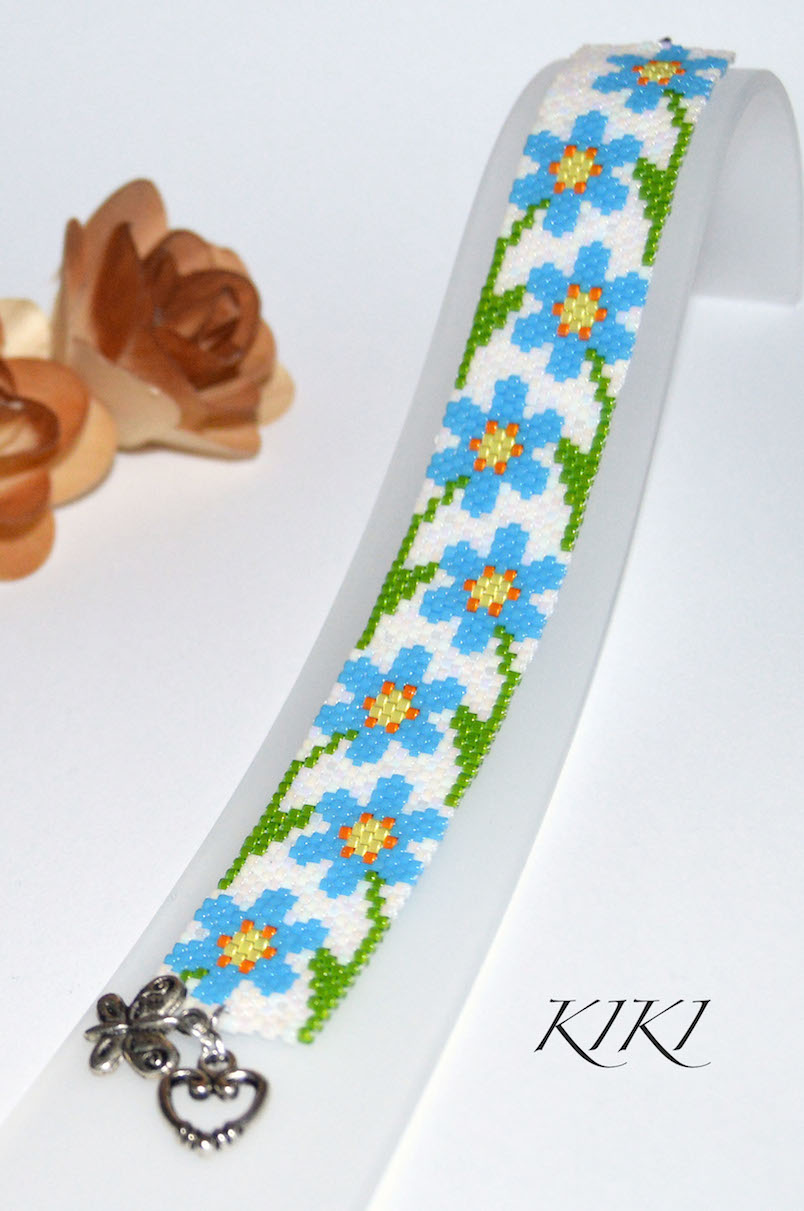 Forget me knots peyote bracelet