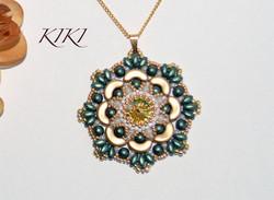 Green flower pendant