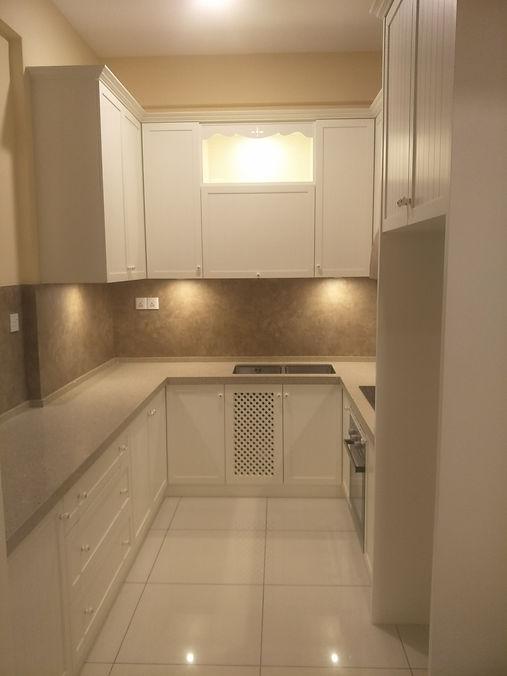 euro design kitchen (Skilled Decor)